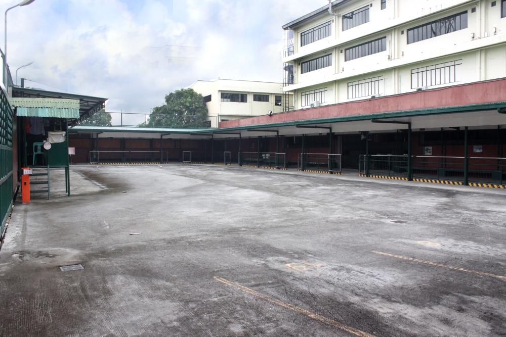 Shuttle Area parking1